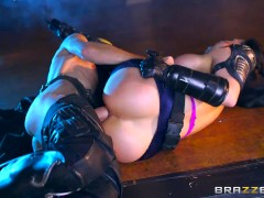 Brazzers - Big-Tit Ebony Boss Starts A Threesome With Her Two Co-Workers