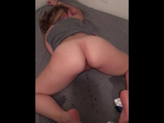 Sexy Young Girlfriend Bouncing Her Ass After Her Tight Pussy Gets Creampied