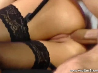 Cute Blonde Feel the Intense Sex in Her Ass