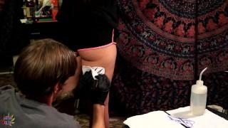 Filmy Porno zdarma - Daisy Dabs Moje První Tetování A Čerstvé Tetování Kurva
