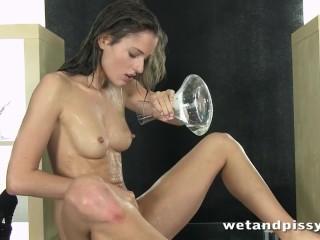 Hot brunette loves to pee