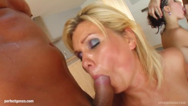 Group Hardcore Sex With Sperm Sharing End On Spermswap With Cassie M Yenn