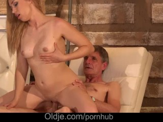 Rakhi Sex Video Old Cleaner Fucked Boss Teen Daughter After Licking Pussy G Spot, Blowjob