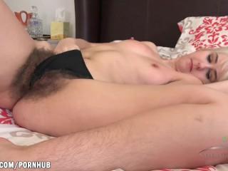 Aali Rousseau masturbation