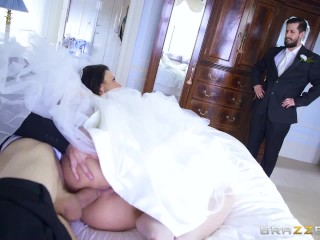Big Round Ass Pounded Cheating Bride Simony Diamond Loves Anal - Brazzers