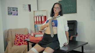 Naughty Schoolgirl Caught By The Teacher And Get´s A Fuck Lesson