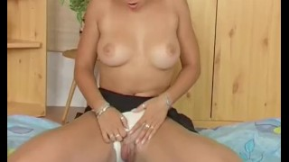 look at my young round tits and pink hairy pussy Sex hudson