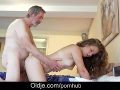 Teenie maid knows how to fuck French old cock cleaning cumshot in mouth