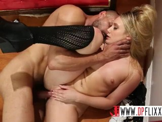Summer Brielle Tonights Girlfriend Digital Playground- Sales Lady With Big Ass Has Public Sex, Blond