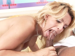 Sexy blonde shemale is a pro at sucking dick
