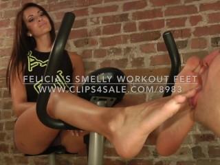 Felicia's Smelly Workout Feet - www.c4s.com/8983/16408328