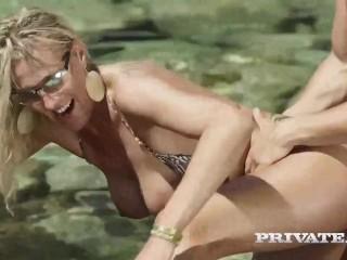 Jenny mccarthys wife nude