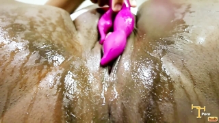 free black pussy squirting