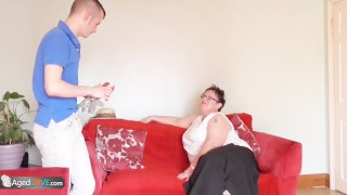 Gardener Sam Bourne fucks old bbw granny Milf blowjob
