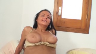 Russian babe anal fucked by spanish boy in homemade video