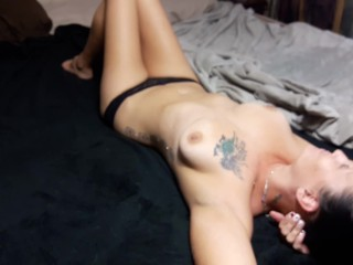 LONELY HOUSEWIFE GETS TITTY FUCKING FACIAL!