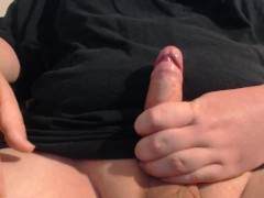 Jerk off and cumming a big load on myself