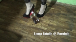 crush fetish - Laura Fatalle
