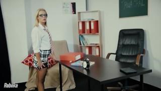 Horny Blonde Teacher Rebeka Gives A Fucking Lesson porno