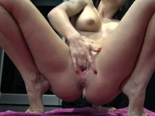 Massive Squirt Orgasm By Vic Alouqua