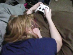 18 YO GAMER GINGER BITCH FUCKED WHILE PLAYING PLANTS VS ZOMBIES (PART 1) ;)