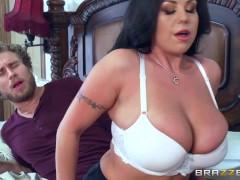Brazzers – Milf Sheridan Love sucks cock