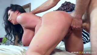 Cock milf love brazzers sucks sheridan cock rubdown