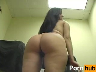 latina femdom ballbusting bitches – Scene 1