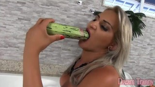Insert sexy anal vegatable shemale milf insertion