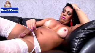 Bigbooty latina posing solo tranny highheels brazilian