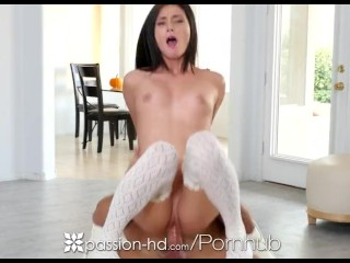Big Mommas House Incest Porn Parody Passion - HD - Guy fucks his step daughter Carolina Sweets on Th