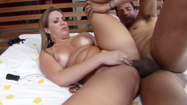 BANGBROS - Big Ass and Big Tits Latinas Sofia and Juliana in Colombia