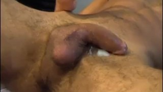A innocent delivery guy serviced his big cock by a guy! Huge sounding