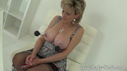 MILF Sonia tried out new nipple Suction toys