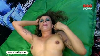 Tara german milf tries goo bukkake girls experienced mom facial