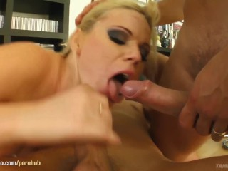 Girl eating out girlfriend porn