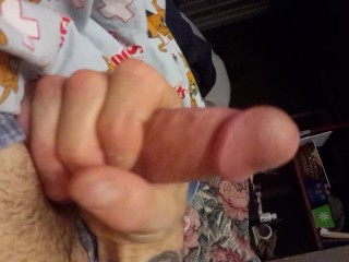 Big dick squirts cum!!