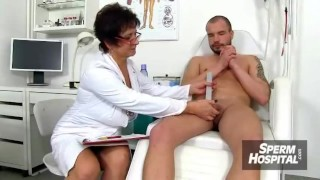 Horny fishnet sex stockings karen and kougar housewife mother huge