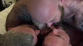 Sex Tube - Bonding & Breeding Pt1 Prima Doppia Penetrazione Di Liam