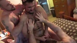 Aarin Asker's First Double-Penetration pt2 porno