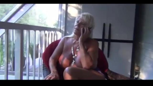 Mrs Mandi - Mandi McGraw Pussy Bandit to the Rescue