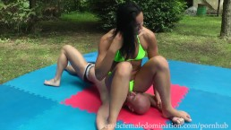Sexy Mistress Puts Her Perfect Ass On Slave Face During Wrestle