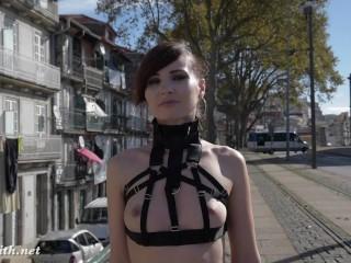 Jeny Smith - MyMokondo straps in public