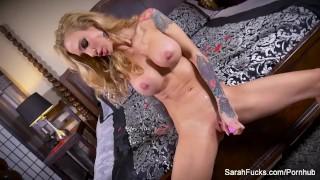 Milf jessie sarah her wet on uses toy a sexy tattooed pussy big pornstar