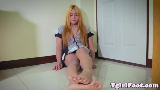 Foot fetish ladyboy wiggling her little toes Toys hardcore