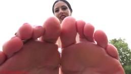 Stalker foot-boy