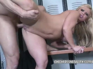 busty slut austin taylor fucks and gets a messy facial