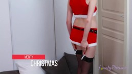 Mrs Claus squirting - LovelyPleasure