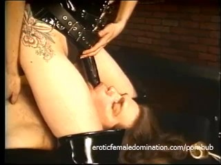 Raunchy dude lets two seductive fillies do naughty things to him