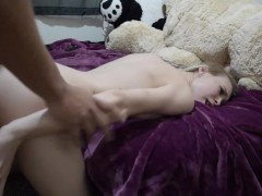 Barely Legal Lilith98 Tries a Buttplug